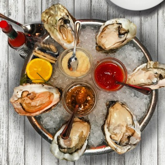 A half dozen Willapa Bay oysters and a chilled bottle of Belvedere Vodka is our idea of Sunday brunch and a perfect segue into happy hour!
