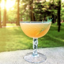With a tip of our cap to the lovely and talented Sarah Hoxit for the recommendation, our Summer cocktail series continues with the Brown Derby: • 2 oz. Bulleit Bourbon • 1 oz. fresh grapefruit juice • Dash of Honey Shaken over ice and served in a frosted coup. Garnish as desired (we went with a freshly picked sprig of Rosemary). Cheers!